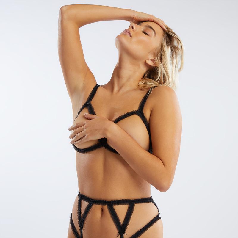 Bikini low rise garter